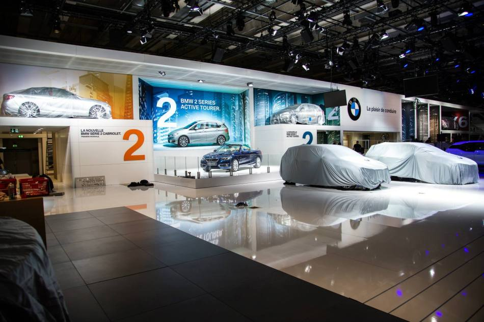 Premier aperçu du stand de BMW au Mondial de l'Auto2014