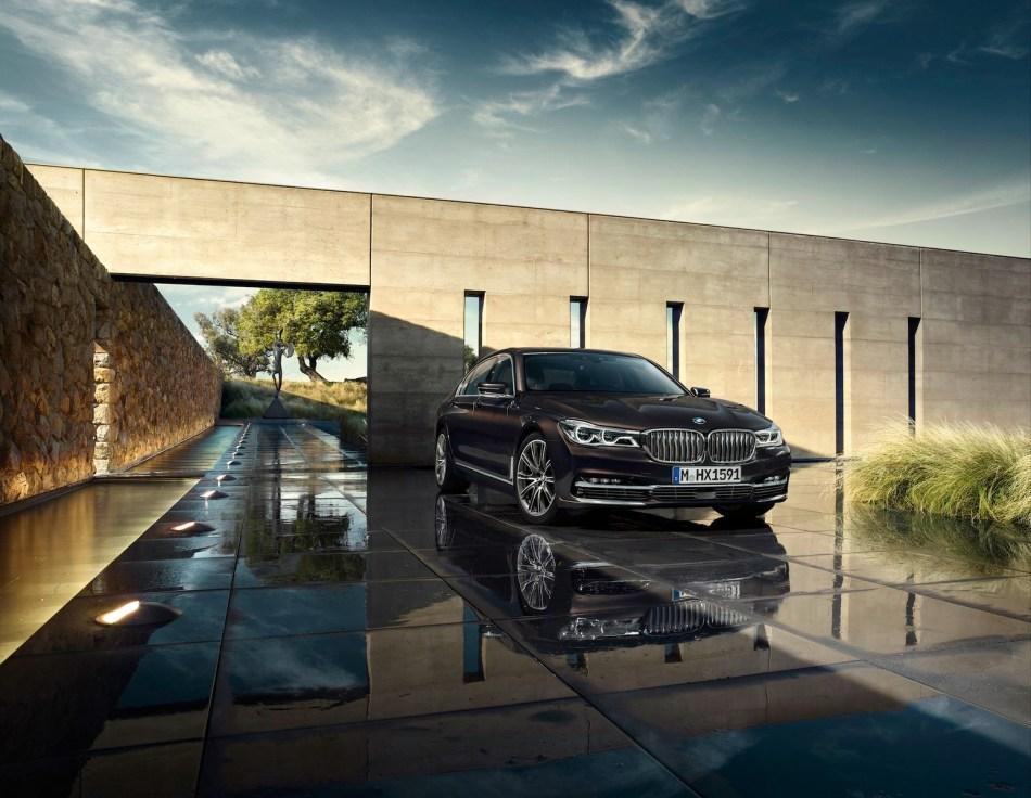 BMW dévoile officiellement la nouvelle Série7