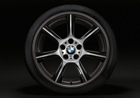 BMW M4 GTS jantes carbone