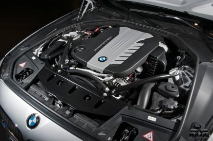 Zoom sur les technologies BMW : le 6 cylindres tri turbo des M550d X5 et X6M50d