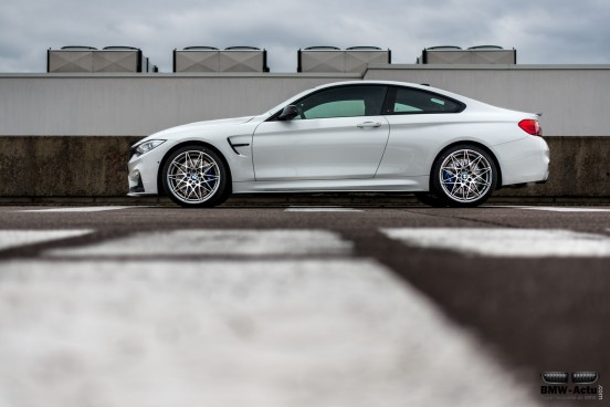 BMW M4 Tour Auto Edition