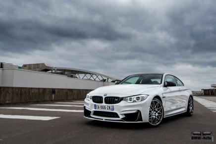 BMW rend hommage au 25ième Tour Auto avec une édition limitée de la M4Coupé